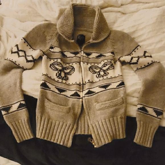 TNA Sweater (Small)